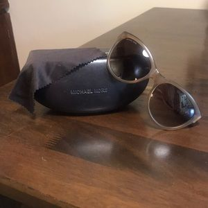 Michael Kors Olivia Sunglasses with case/cloth
